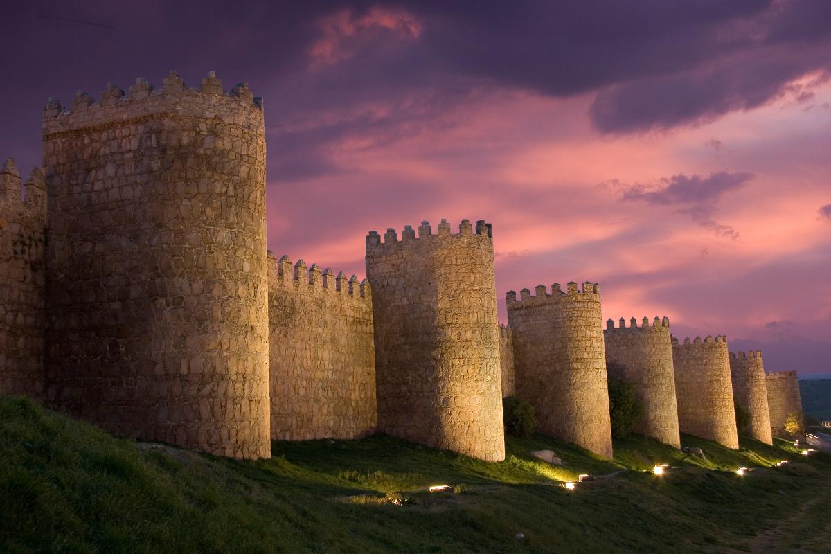 muralla-avila-atardecer